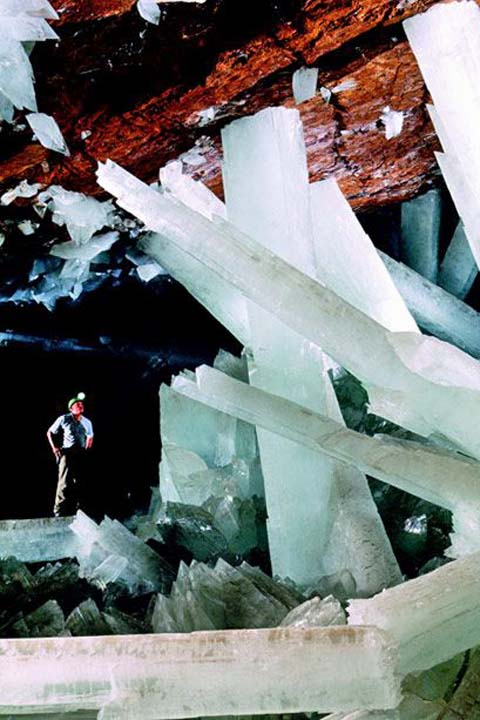 ナイカ鉱山(Naica Mine, Crystal Cave of Giants)
